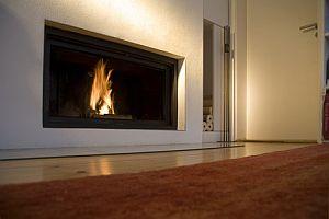kaminofen wasserf hrend kamin mit w rmetauscher. Black Bedroom Furniture Sets. Home Design Ideas